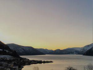 Solnedgang over Leikanger